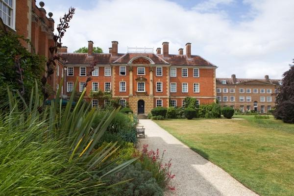 lady margaret hall gardens